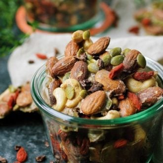 Paleo ginger-spiced mixed nuts for healthy holiday homemade gift recipe!