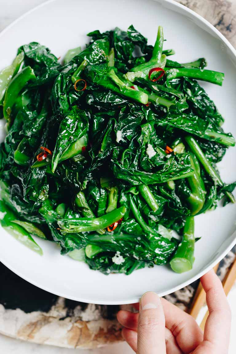 Stir fried Chinese style broccoli with garlicky sauce is a Vegan, Paleo, Whole30, Keto, and low carb recipe.