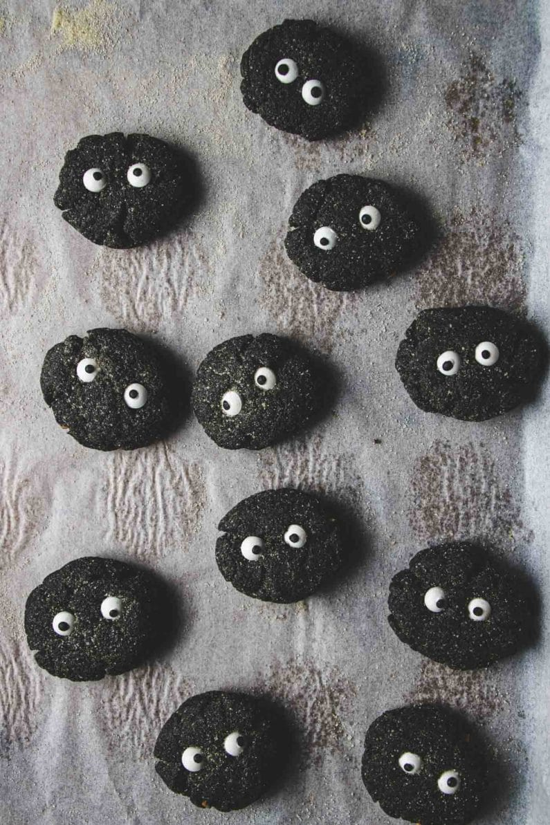Soot Sprite Halloween Cookies recipe with black sesame paste (black tahini) are keto low carb from IHeartUmami.com