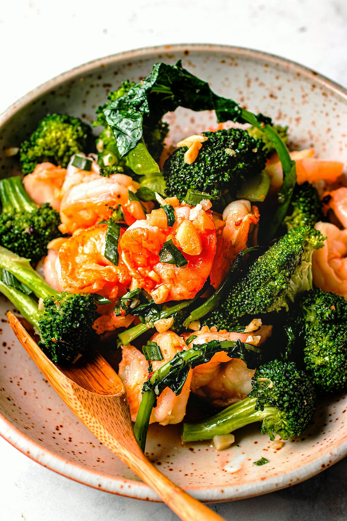 Chinese shrimp and broccoli stir-fry recipe in ginger garlic sauce I Heart Umami.