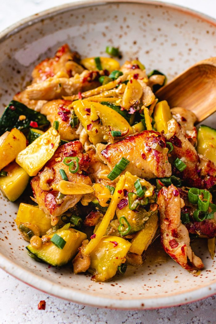 Ginger Chicken Recipe Stir-Fry with Summer Squash is Paleo, Whole30, and Low Carb from I Heart Umami.