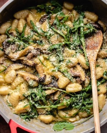 Making the gnocchi recipe in one pot with arugula